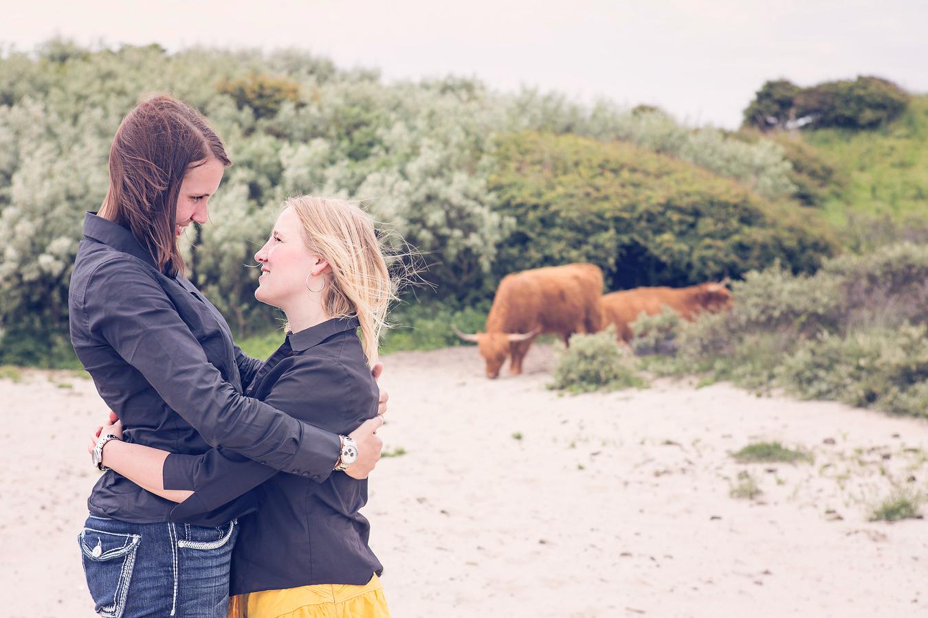 loveshoot strand duinen schotse hooglanders
