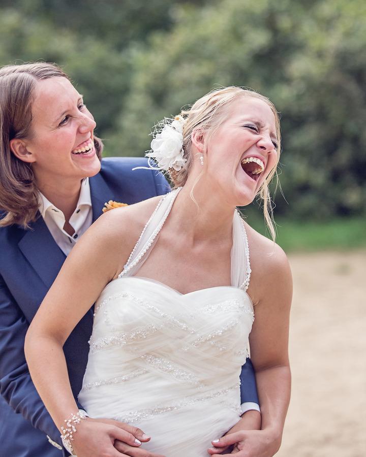 beloved ontspannen spontane trouwfoto gay marriage het lutterzand de lutte