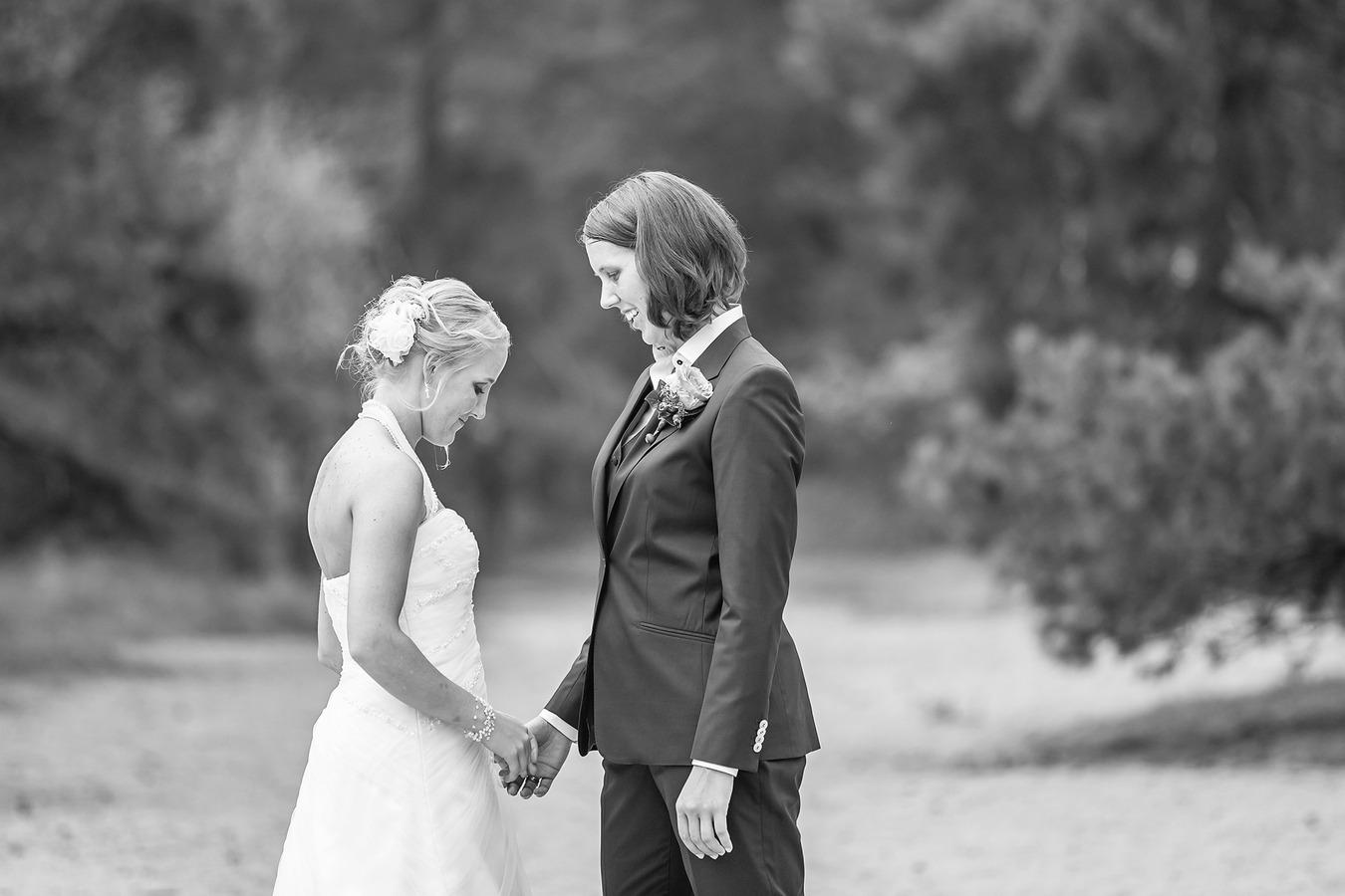 intiem moment same sex koppel gay marriage het lutterzand de lutte