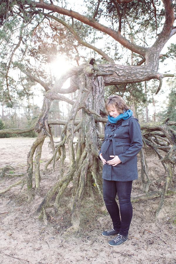 zwangerschapsshoot winter de lutte lutterzand